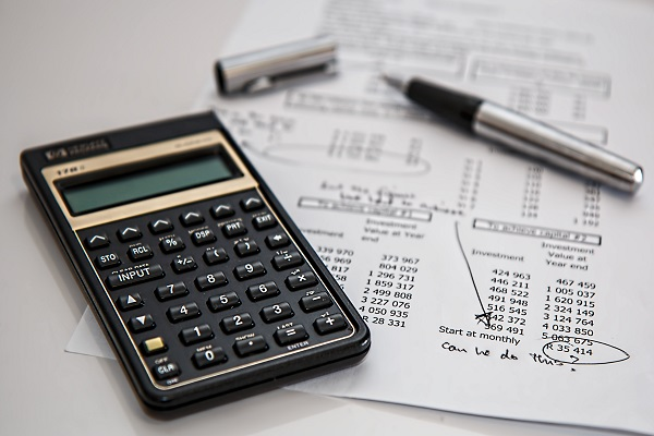 How to calculate project cost management right