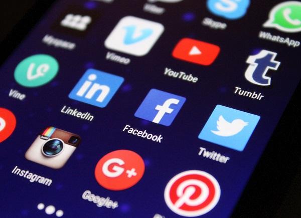 Social media news release trend